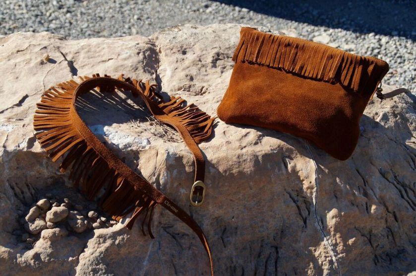 Flecos en bolso y cinturones